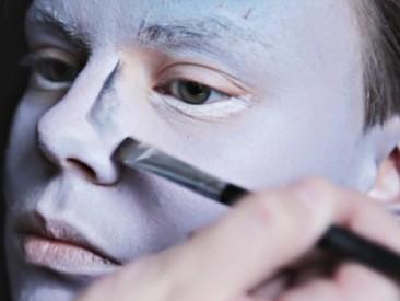 грим для мёртвой невесты: прорисовка носа