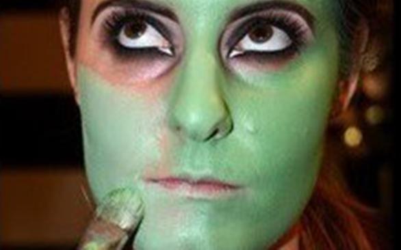 макияж монстра на хэллоуин: зелёный тон