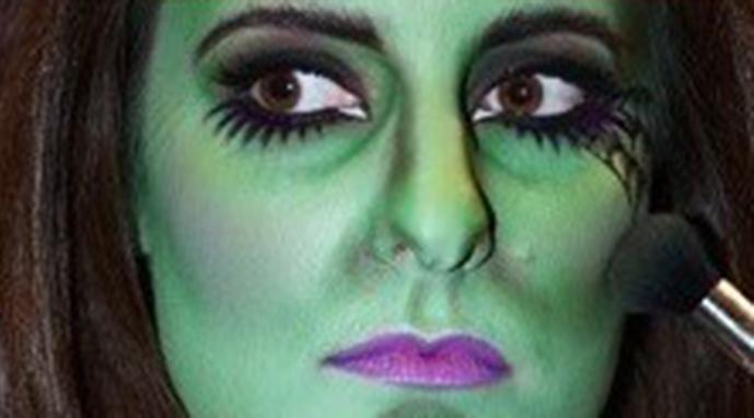 макияж монстра на хэллоуин: паутина